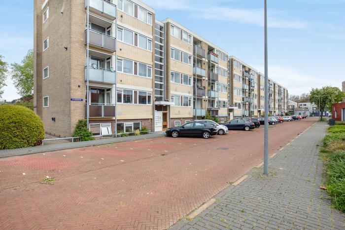 Bekijk de foto van: Ruusbroechof 12 , Alkmaar - Echt Makelaars & Taxateurs