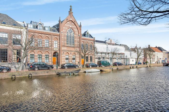 Oudegracht 214 B, Alkmaar - Echt Makelaars & Taxateurs